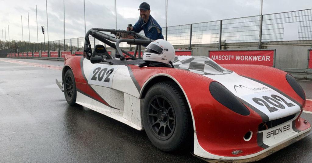 Arion S2 og kører i pit
