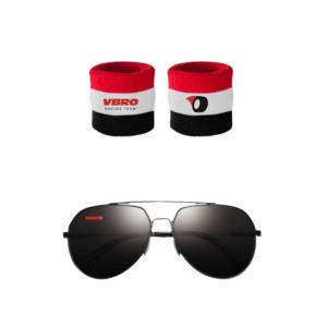 solbriller og svedbånd